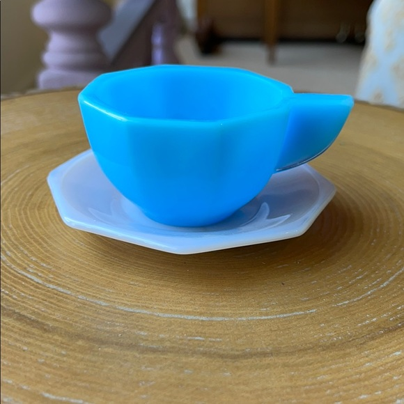 Vintage Children's Glass Cup/Saucer Doll Play Set